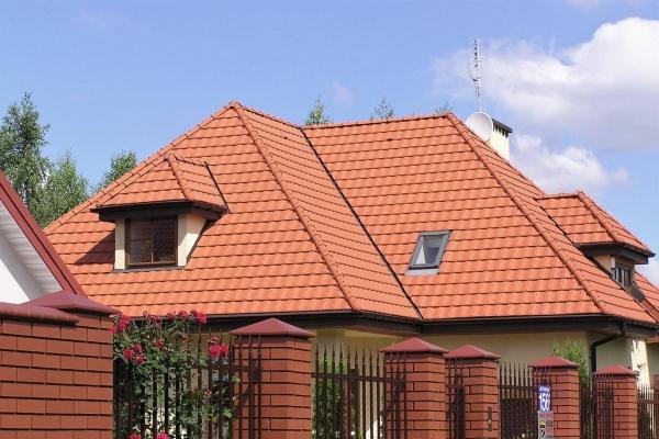 Dachówka ceramiczna H10 Huguenot- Rouge