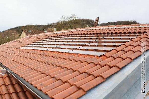 Dachówka solarna MAX Rouge i dachówka ceramiczna Canal Gironde | Edilians-Zamarat (3)